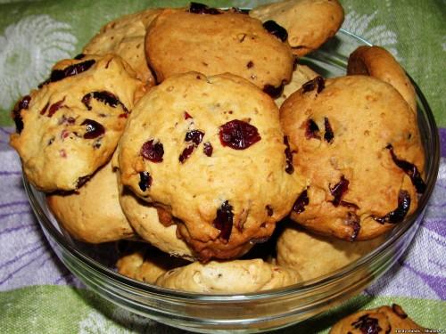 Печенье с вяленой клюквой