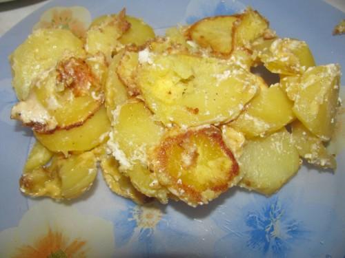 Картошка в сливках с сыром