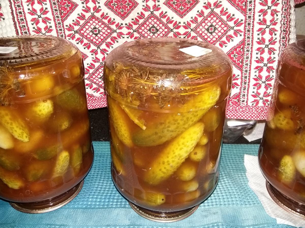 Маринованые огурцы с кетчупом чили